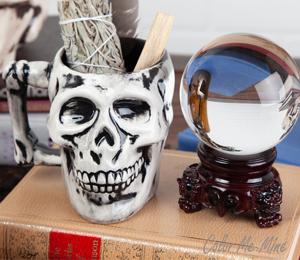 Eagan Antiqued Skull Mug